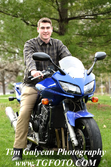 motorcycle,bike,senior,picture,overland,Park,photographer,portraits,location,affordable,sme,blue valley,Olathe